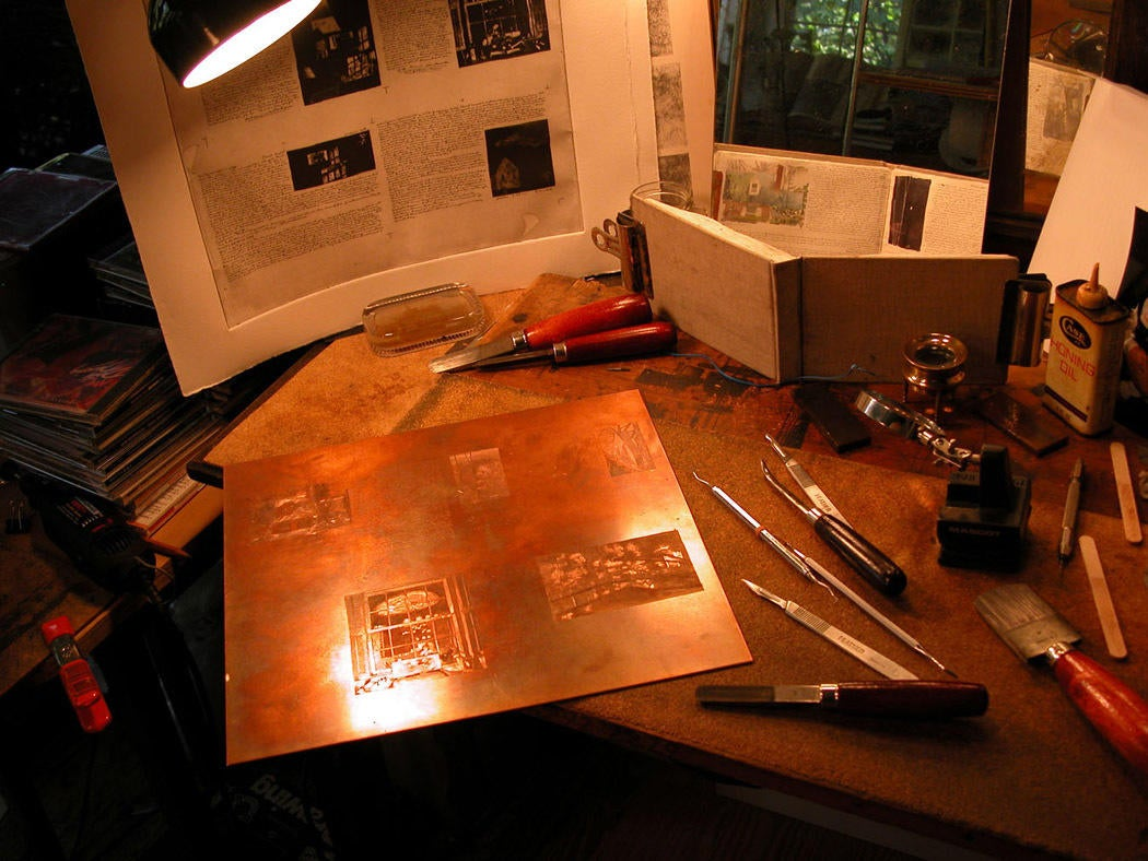 Photograph of worktable image